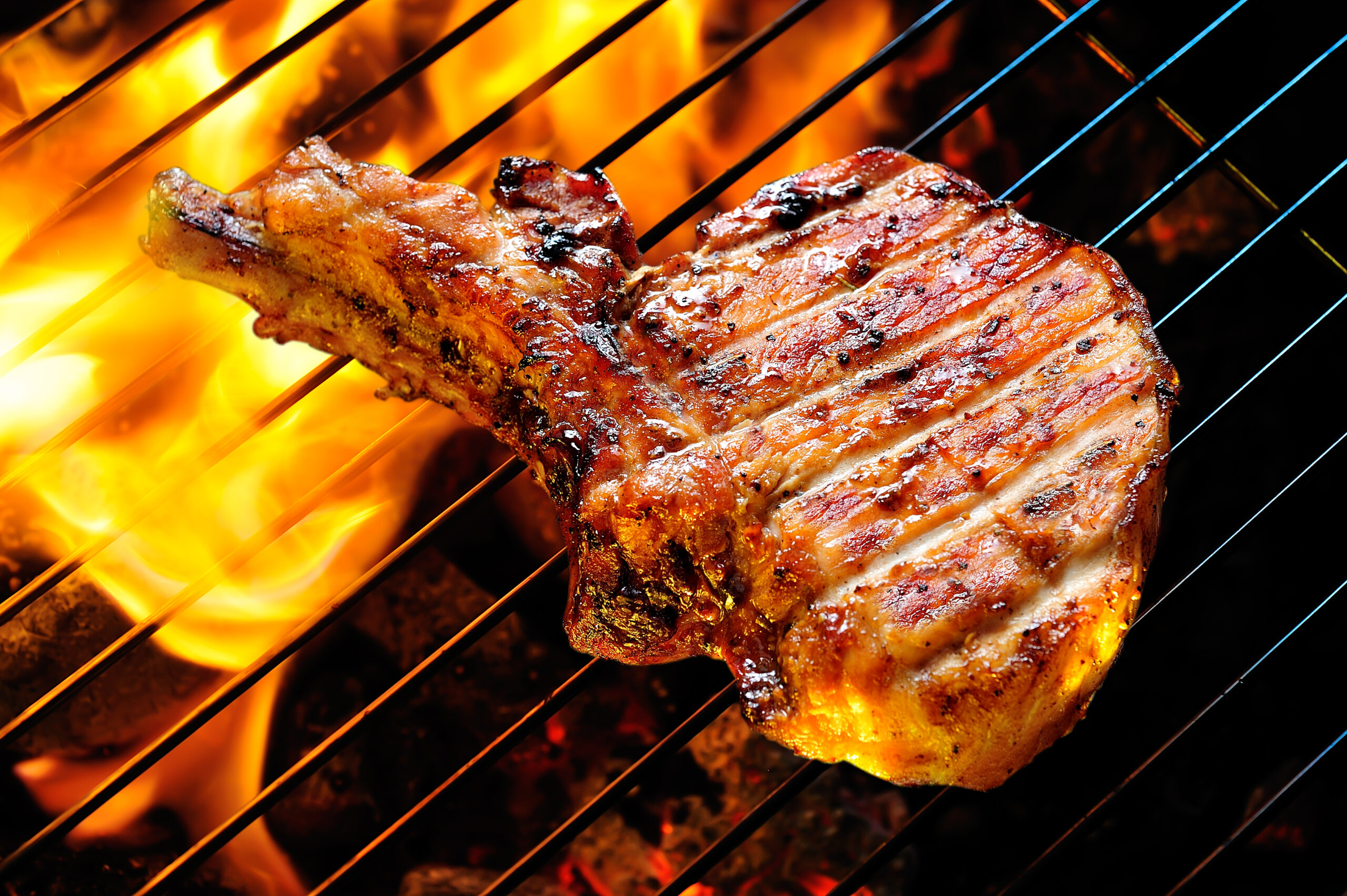 Grilled,pork,steaks,on,the,grill